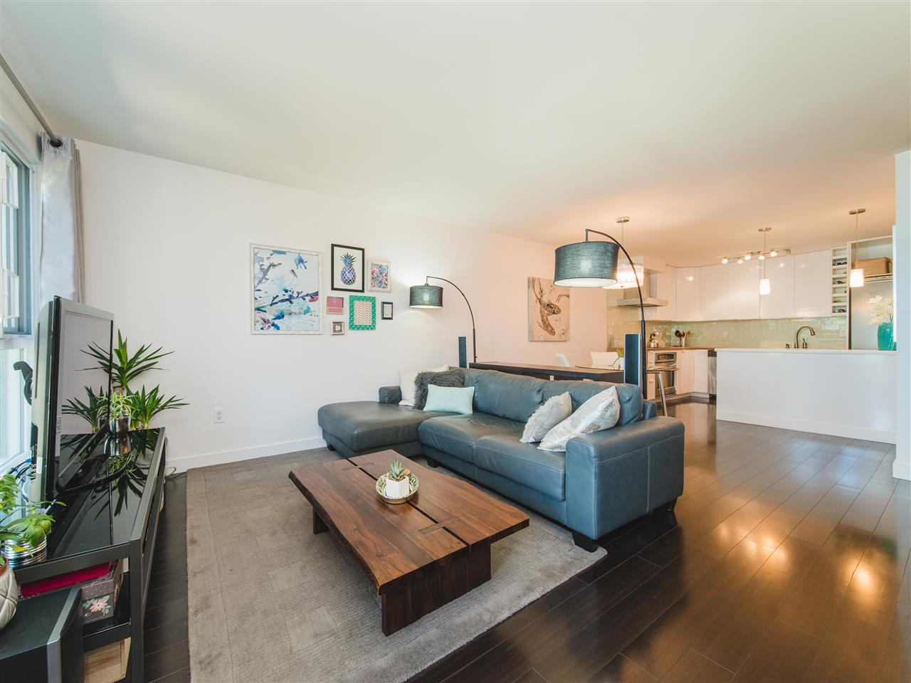 Sold: 207 - 1551 West 11th Avenue, Vancouver, BC