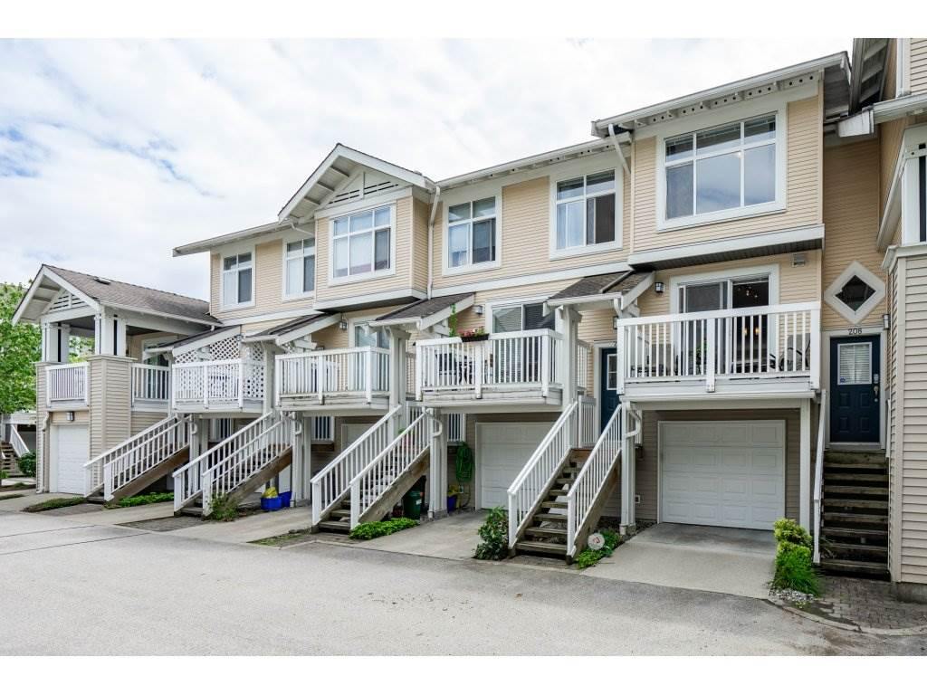 Sold: 207 - 20033 70 Avenue, Langley, BC
