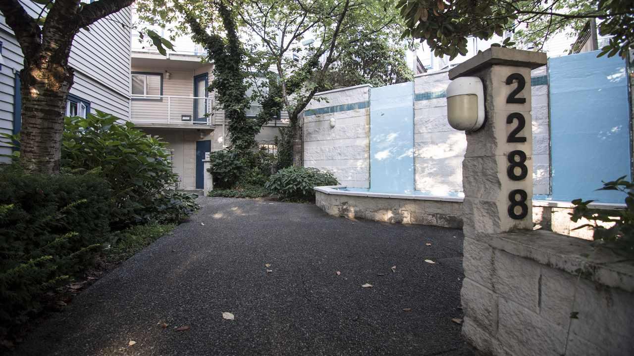 Sold: 207 - 2288 Laurel Street, Vancouver, BC
