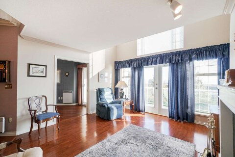 Condo for sale at 25 Richmond St Unit 207 New Westminster British Columbia - MLS: R2512596