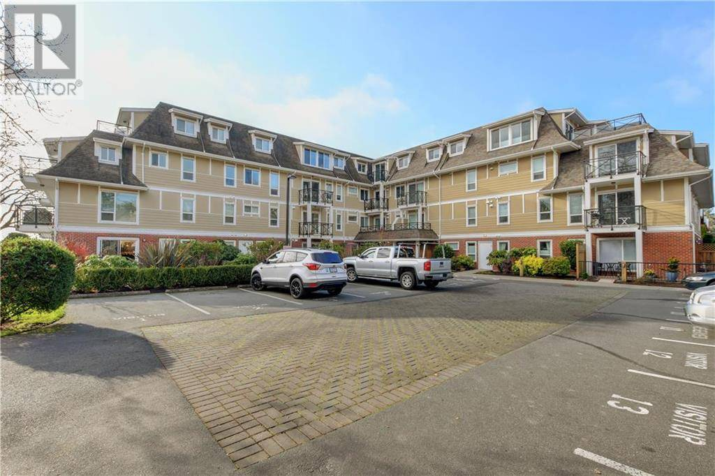 Condo for sale at 4536 Viewmont Ave Unit 207 Victoria British Columbia - MLS: 419098