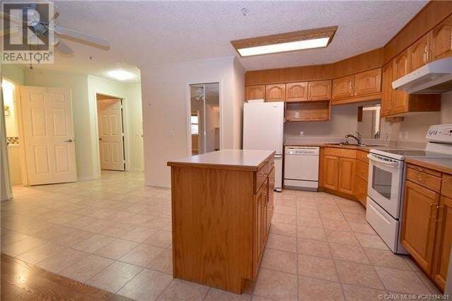 Condo for sale at 4623 65 St Unit 207 Camrose Alberta - MLS: ca0184501