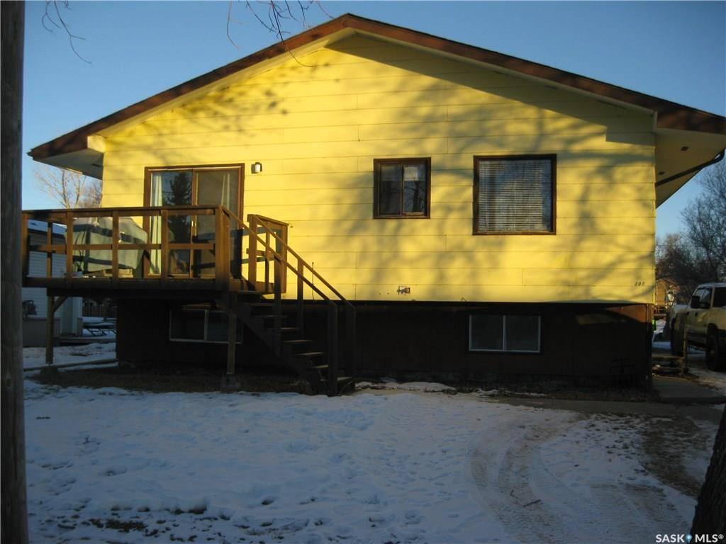 House for sale at 207 6th Ave W Rosetown Saskatchewan - MLS: SK781904