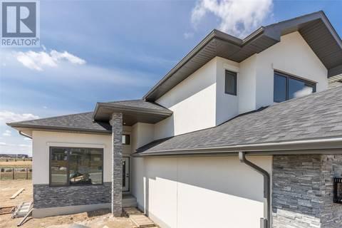 House for sale at 207 Boykowich Cres Saskatoon Saskatchewan - MLS: SK770809