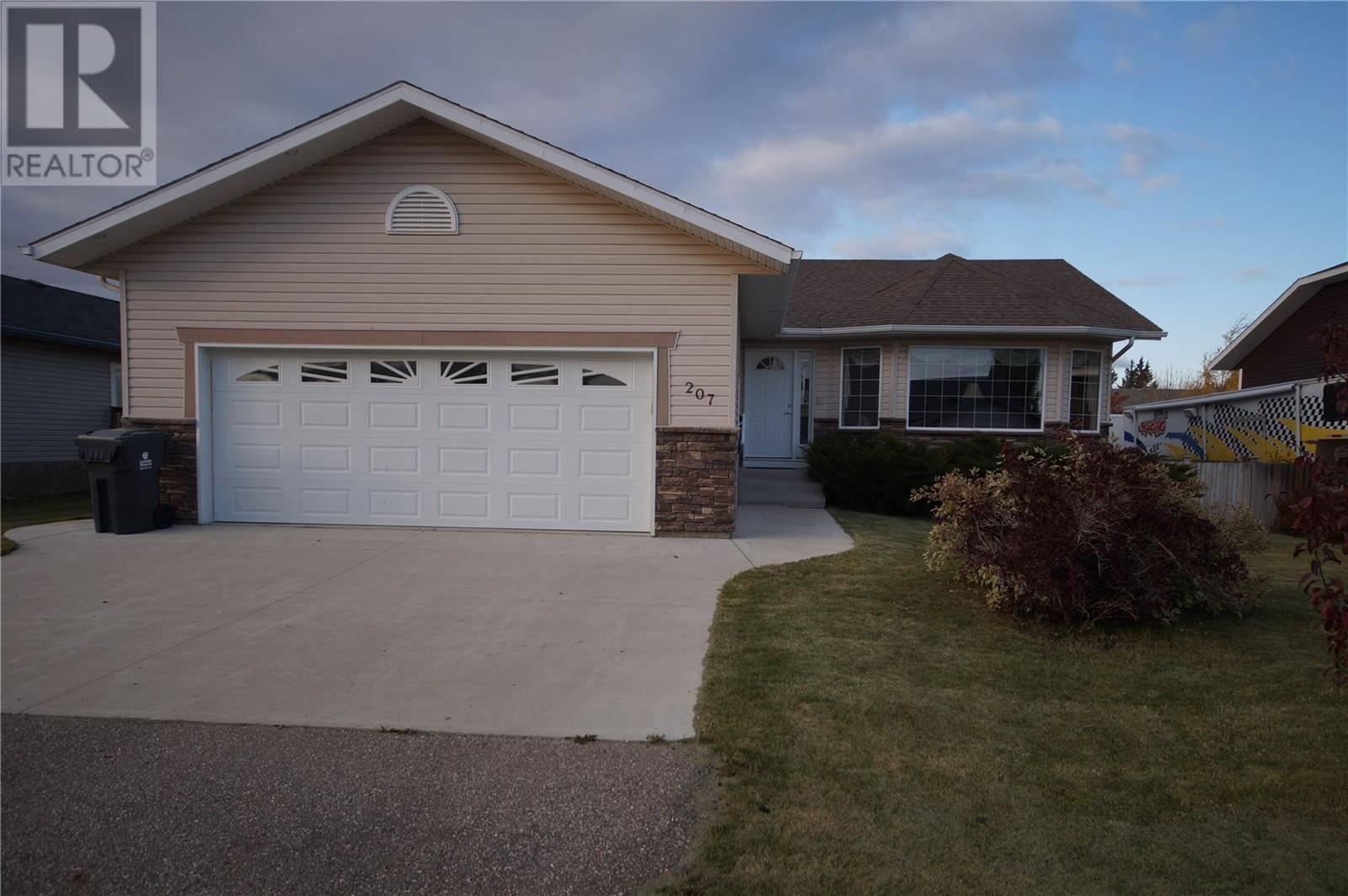 House for sale at 207 Cedar Pl Waldheim Saskatchewan - MLS: SK789121