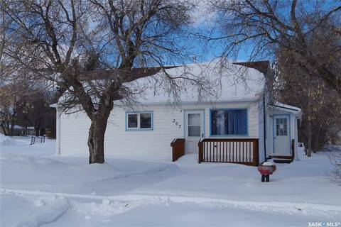 House for sale at 207 Centre St Naicam Saskatchewan - MLS: SK800653