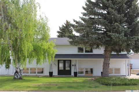 House for sale at 207 Churchill Dr Melfort Saskatchewan - MLS: SK797353