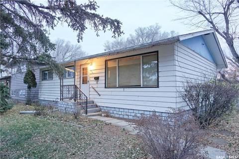 House for sale at 207 Cross St Outlook Saskatchewan - MLS: SK796711