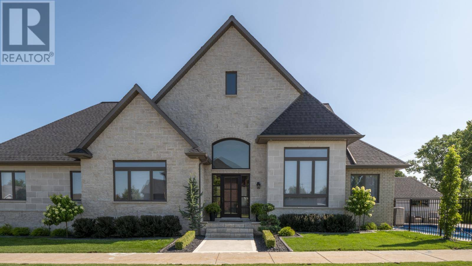 House for sale at 207 Ellison  Leamington Ontario - MLS: 19023084