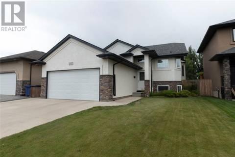 House for sale at 207 Fawcett Cres Saskatoon Saskatchewan - MLS: SK779828