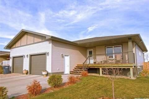 Townhouse for sale at 207 Good Spirit Cres Yorkton Saskatchewan - MLS: SK801124