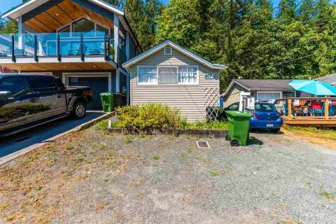 House for sale at 207 Lakeshore Dr Cultus Lake British Columbia - MLS: R2481878