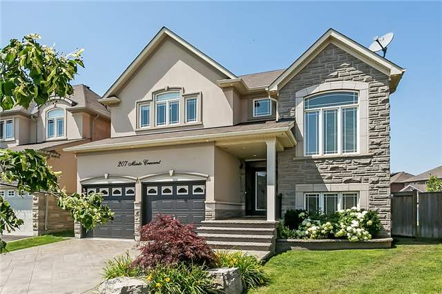 Sold: 207 Minto Crescent, Milton, ON
