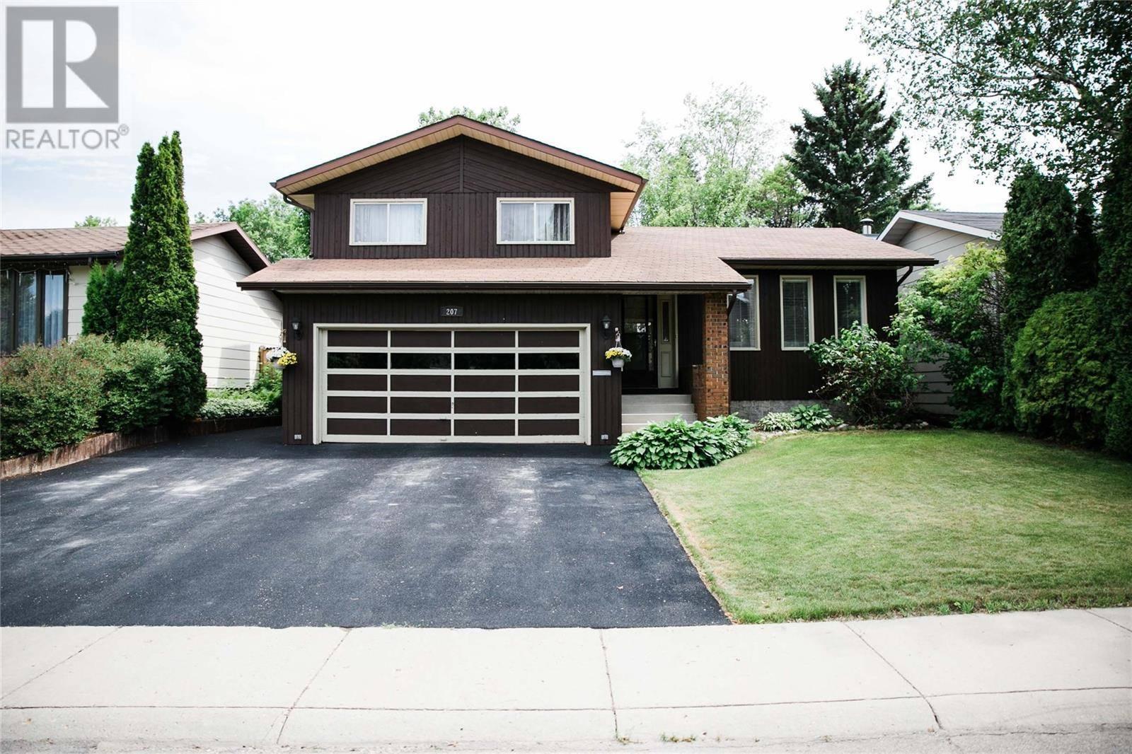 House for sale at 207 Obrien Cres Saskatoon Saskatchewan - MLS: SK780153