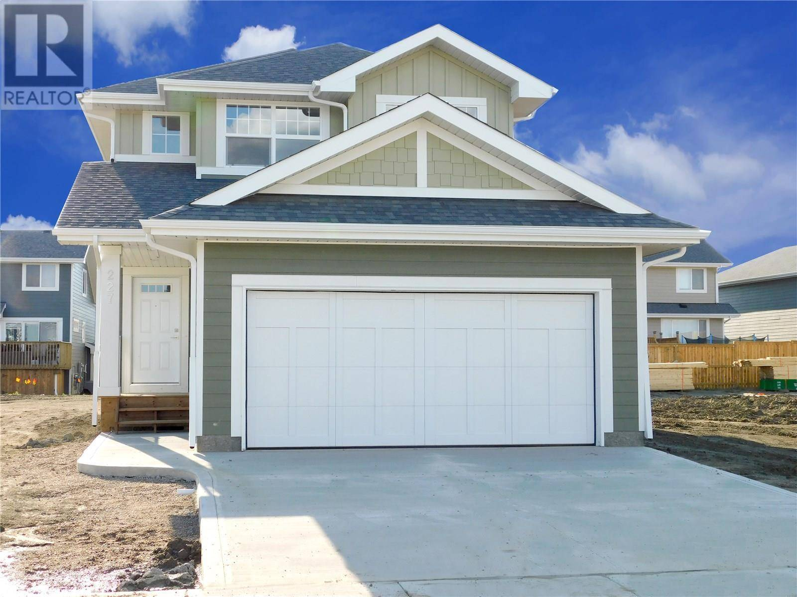 House for sale at 207 Stilling Un  Saskatoon Saskatchewan - MLS: SK786401