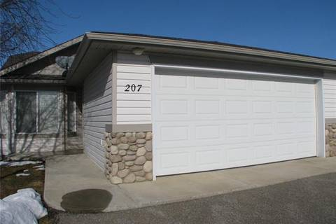 Townhouse for sale at 207 Whispering Cs Vulcan Alberta - MLS: C4289320