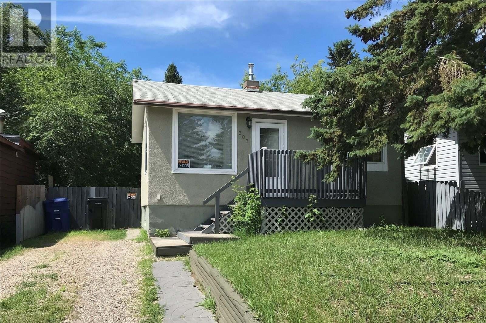 House for sale at 207 Y Ave S Saskatoon Saskatchewan - MLS: SK817284