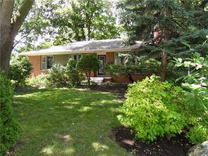 House for sale at 2073 Devon Rd Oakville Ontario - MLS: O4711891