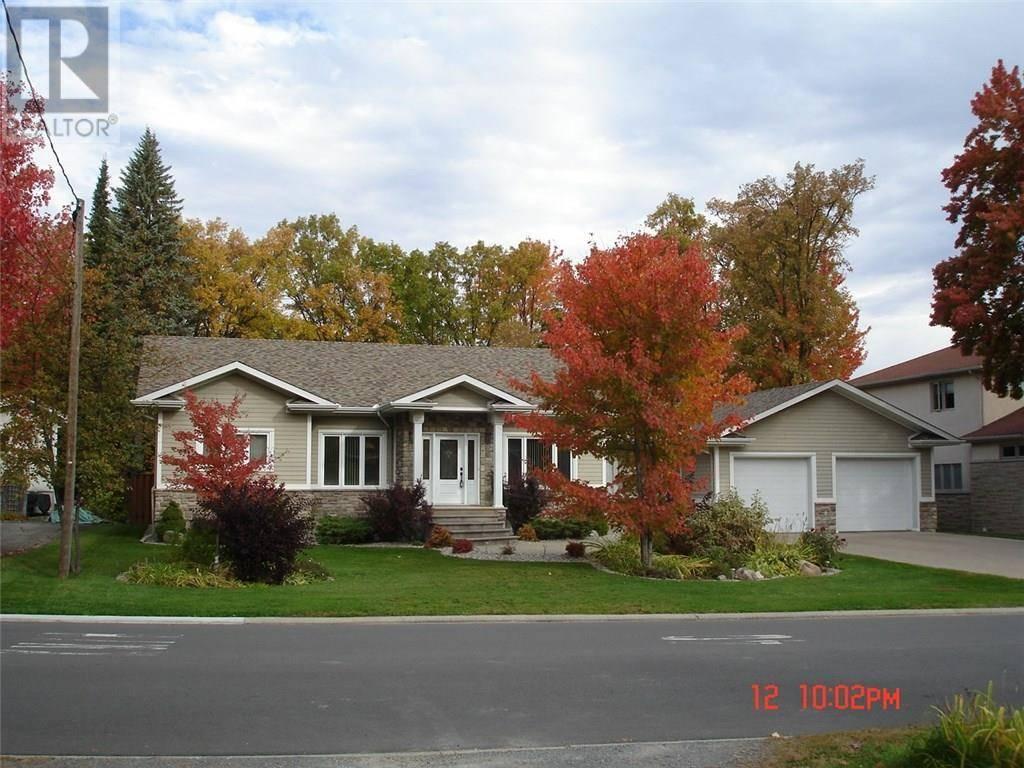 House for sale at 2075 Beaverhill Dr Ottawa Ontario - MLS: 1175615