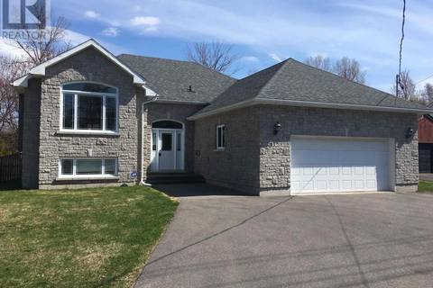 House for sale at 2079 Queen St Sault Ste Marie Ontario - MLS: SM125232