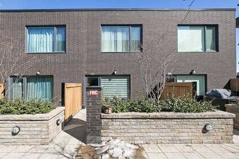 Townhouse for sale at 207 Manning Ave Toronto Ontario - MLS: C4390068