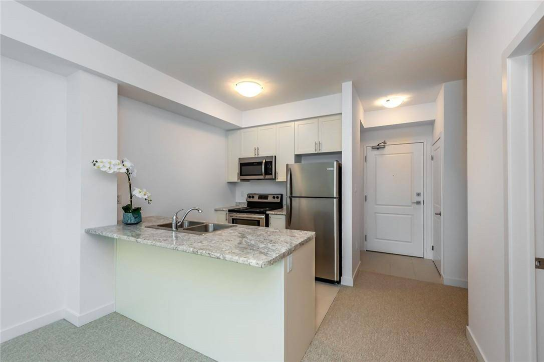Condo for sale at 125 Shoreview Pl Unit 208 Stoney Creek Ontario - MLS: H4068797