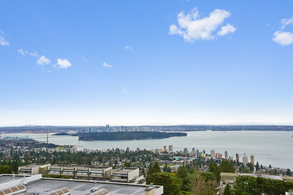 Removed: 208 - 2274 Folkestone Way, West Vancouver, BC - Removed on 2018-11-16 04:33:04