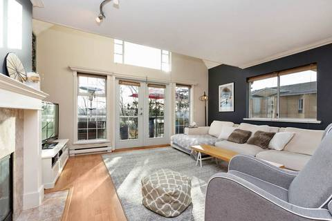 Condo for sale at 25 Richmond St Unit 208 New Westminster British Columbia - MLS: R2423119