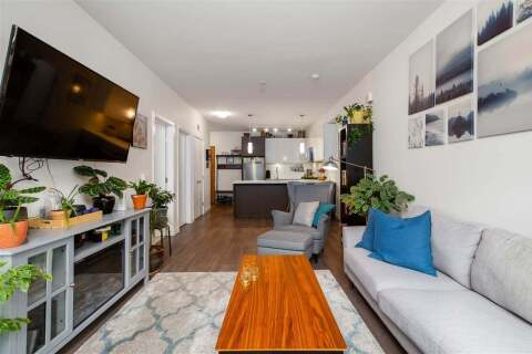 Condo for sale at 28 Royal Ave E Unit 208 New Westminster British Columbia - MLS: R2464106