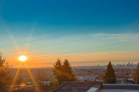 Townhouse for sale at 3755 Albert St Unit 208 Burnaby British Columbia - MLS: R2433636