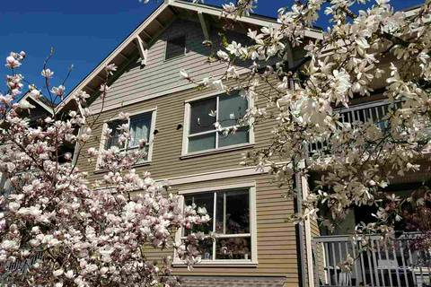 Condo for sale at 3895 Sandell St Unit 208 Burnaby British Columbia - MLS: R2452076