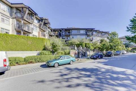 Condo for sale at 400 Klahanie Dr Unit 208 Port Moody British Columbia - MLS: R2496375