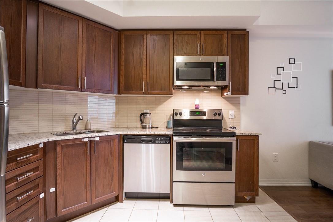 Condo for sale at 560 North Service Rd Unit 208 Grimsby Ontario - MLS: H4079295