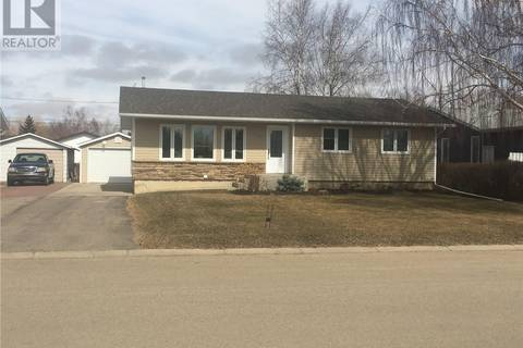 House for sale at 208 6th Ave W Watrous Saskatchewan - MLS: SK759892