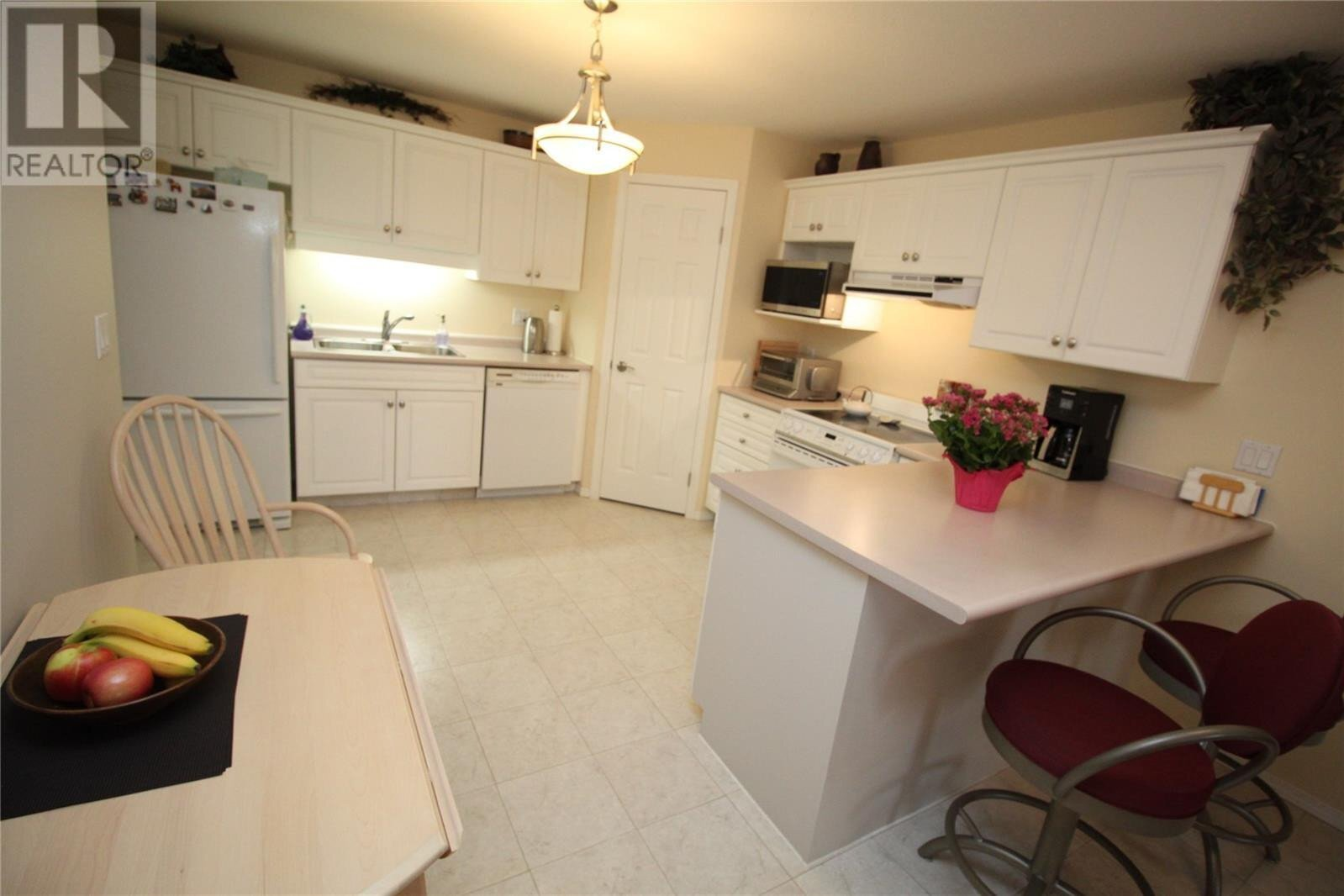 Condo for sale at 934 Heritage Vw Unit 208 Saskatoon Saskatchewan - MLS: SK831597