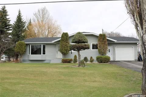 House for sale at 208 Broadway Ave Moosomin Saskatchewan - MLS: SK806530
