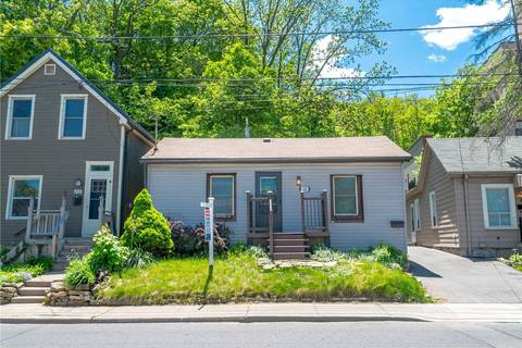 House for sale at 208 Charlton Ave Hamilton Ontario - MLS: X4386942