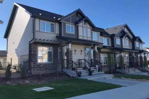 Townhouse for sale at 208 Clydesdale Ave Cochrane Alberta - MLS: C4297994