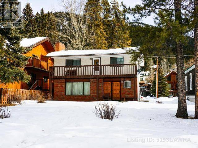 House for sale at 208 Otter St Banff Alberta - MLS: 51931