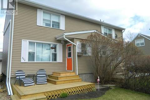Townhouse for sale at 208 Pine St Springbrook Alberta - MLS: ca0164667