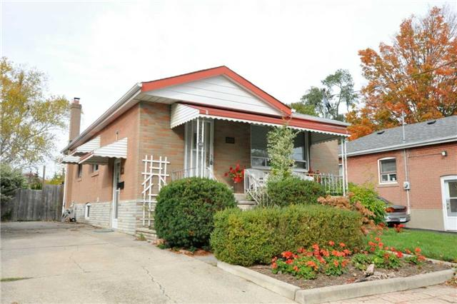 Sold: 208 Queen Street, Mississauga, ON