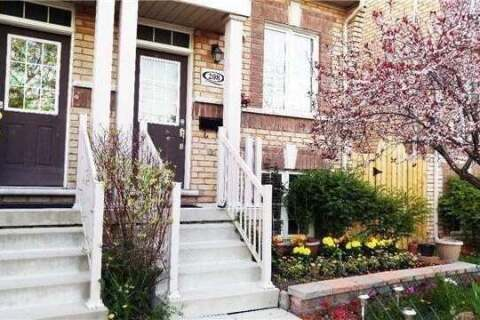 Townhouse for rent at 208 Scarborough Golf Clu Rd Toronto Ontario - MLS: E4813921