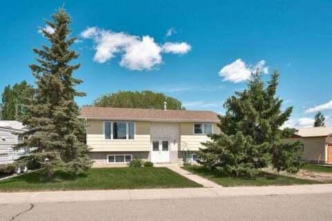 House for sale at 208 Slade Dr Nanton Alberta - MLS: C4300264