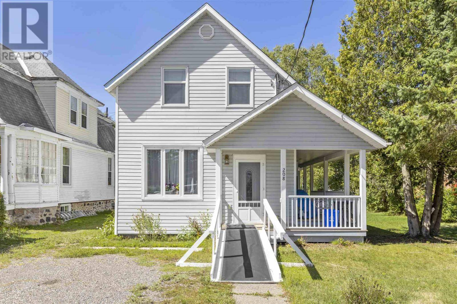 House for sale at 208 Water St Thessalon Ontario - MLS: SM126562