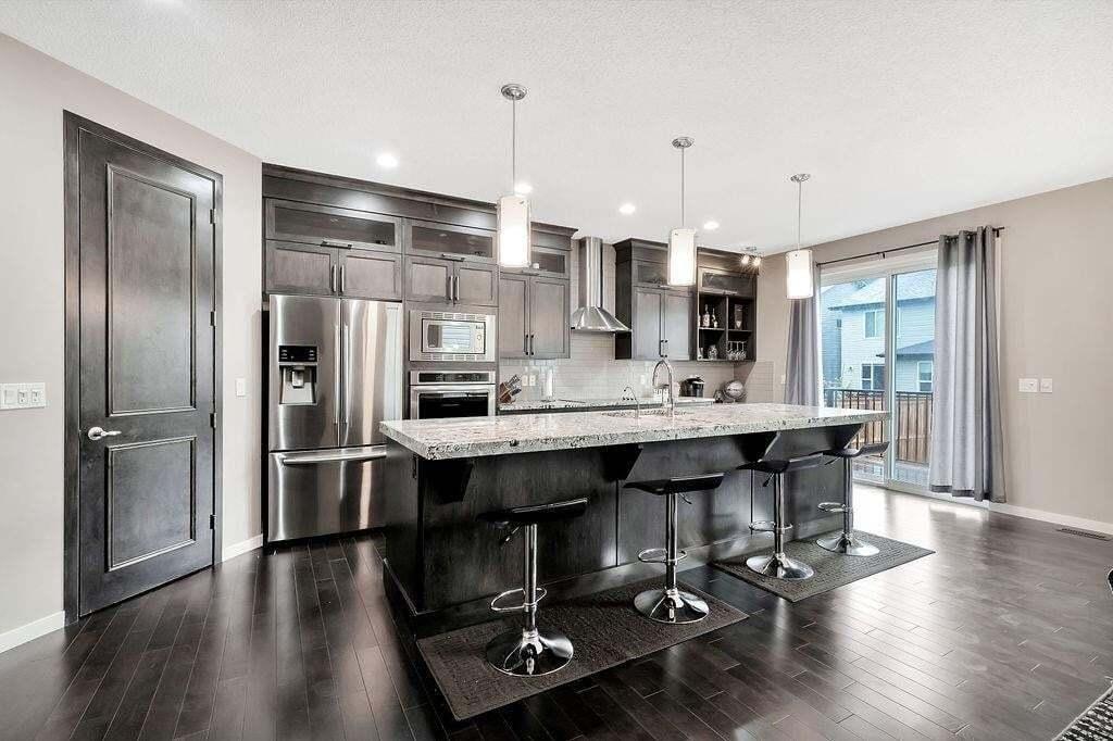 House for sale at 2084 Brightoncrest Gr SE New Brighton, Calgary Alberta - MLS: C4296053