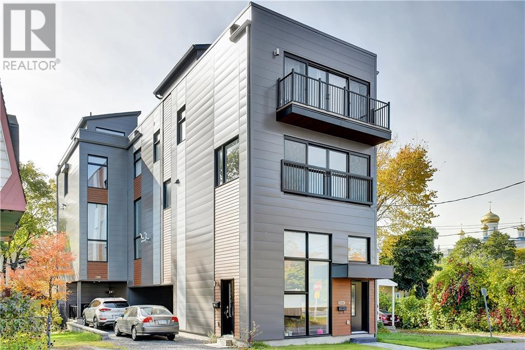 Removed: 208a Manchester Avenue, Ottawa, ON - Removed on 2019-12-03 06:12:05