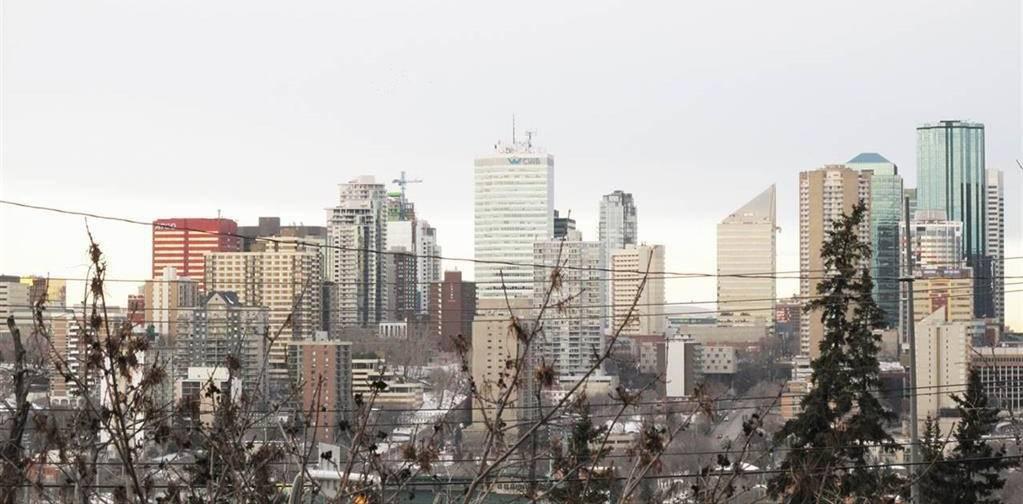 Condo for sale at 10149 Saskatchewan Dr Nw Unit 209 Edmonton Alberta - MLS: E4158625