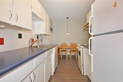 Condo for sale at 1448 Fir St Unit 209 White Rock British Columbia - MLS: R2381090