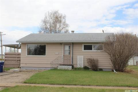 House for sale at 209 4th St W Wilkie Saskatchewan - MLS: SK800600