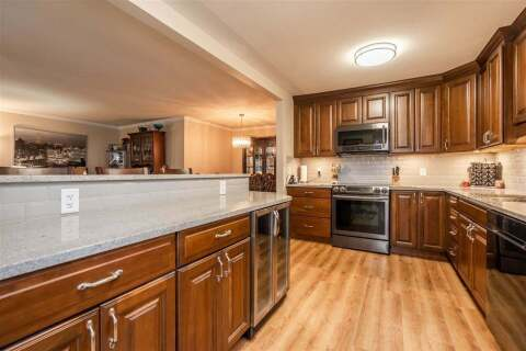 Condo for sale at 5875 Imperial St Unit 209 Burnaby British Columbia - MLS: R2506218